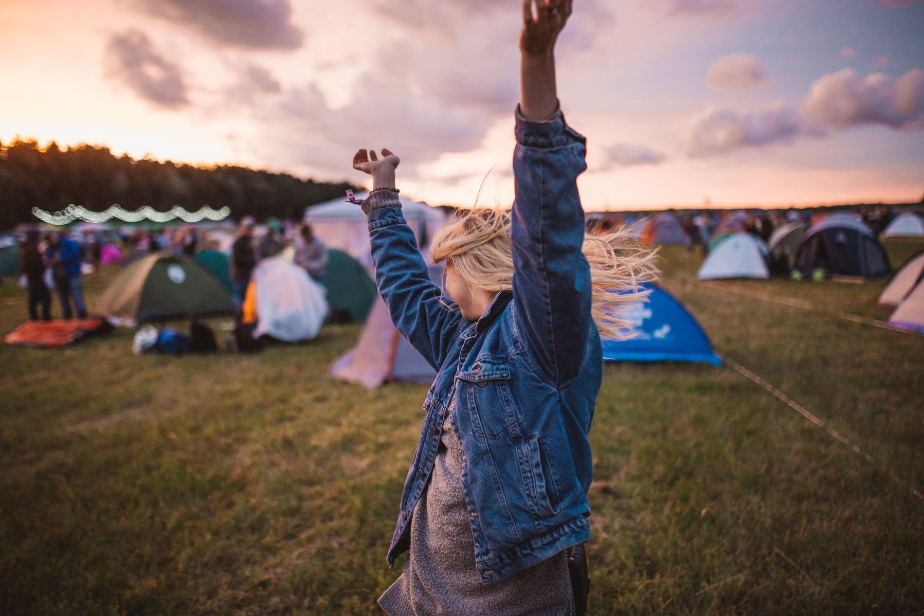 möblum-festivales_musicales_de_octubre-festivales-festival-música-line_up-dj-artistas(2)