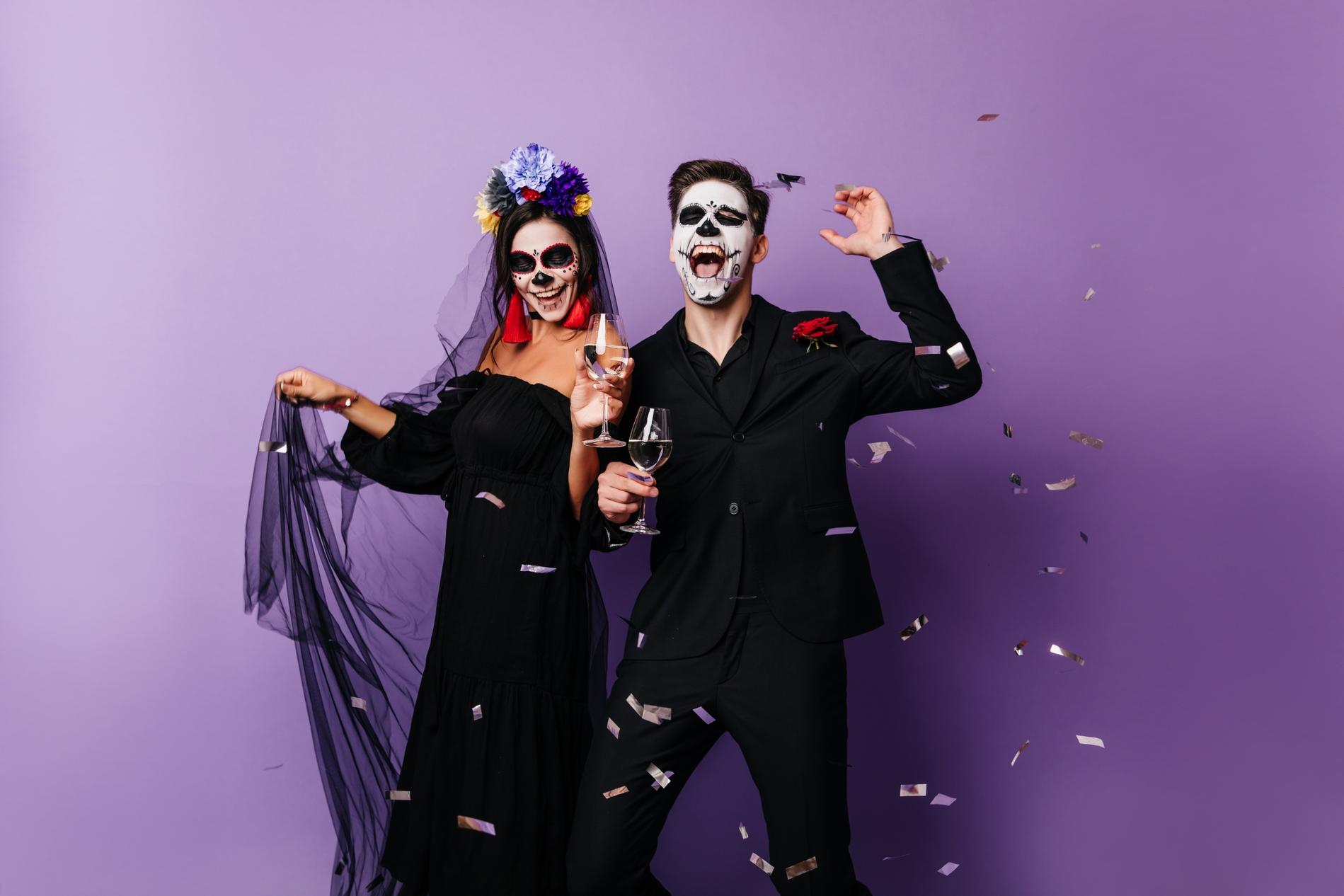 möblum-día_de_muertos-evento-catrinas-pareja-felices