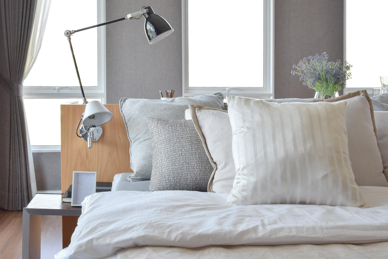 möblum-Consigue_una_recámara_acogedora-sábanas-frazada-ümbed-muebles(3)
